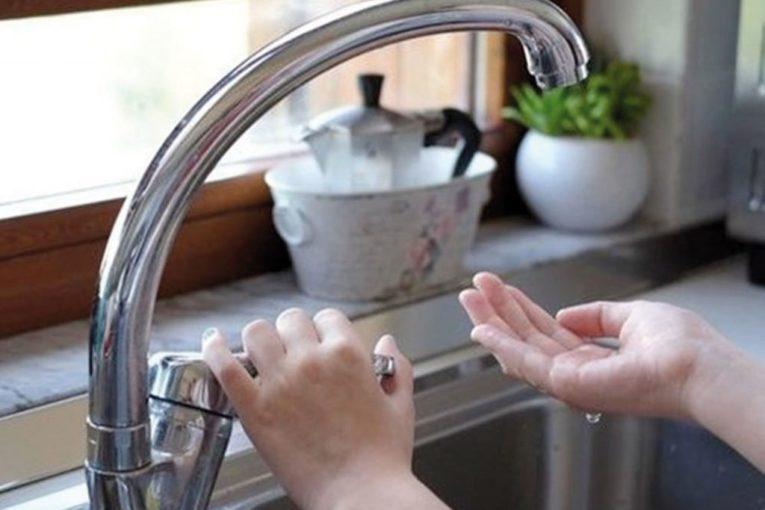 3-interruzione-flusso-idrico-rubinetto-1024x698